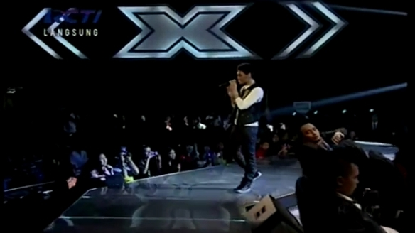 MIKHA - I WON'T GIVE UP (Jason Mraz) - GALA SHOW 7 - X Factor Indonesia 5 April 2013.mp4_000080680