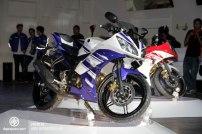 Yamaha_R15_005