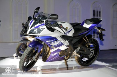 Yamaha_R15_008