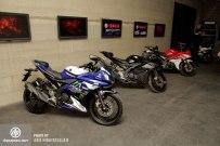 Yamaha_R15_024